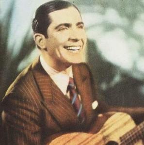O charme e a simpatia de Carlos Gardel.